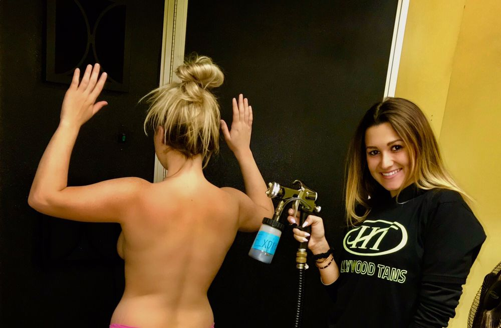 Hollywood Tans: 1045 Bustleton Pike, Feasterville, PA