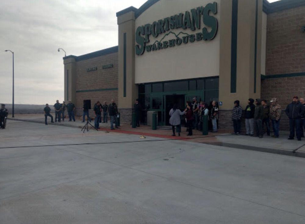 Sportsman's Warehouse: 5125 N Elizabeth St, Pueblo, CO