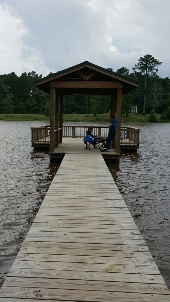 Fishing pier yelp for Lake livingston fishing report