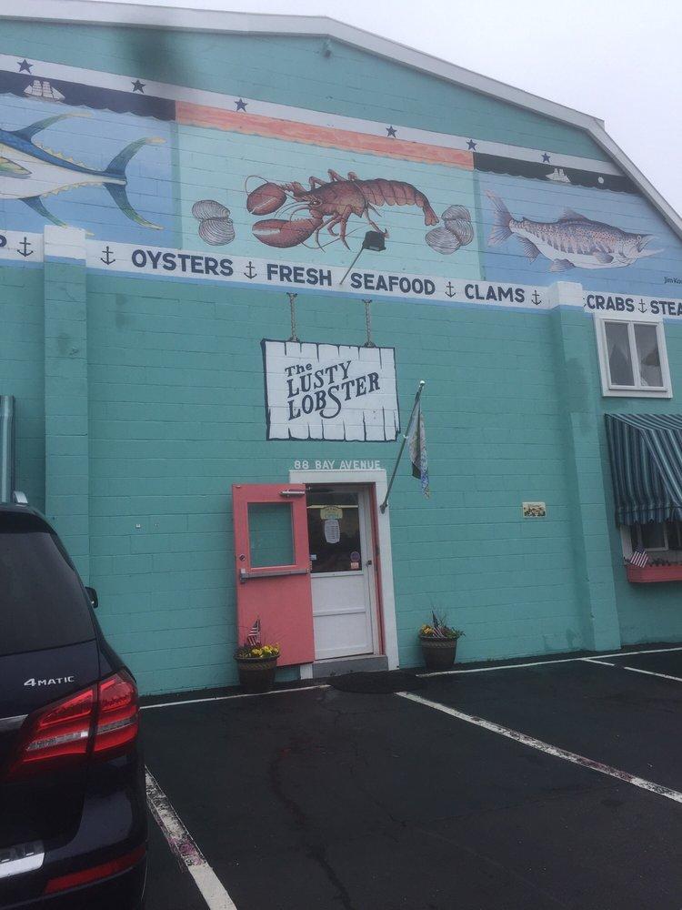 The Lusty Lobster: 88 Bay Ave, Highlands, NJ