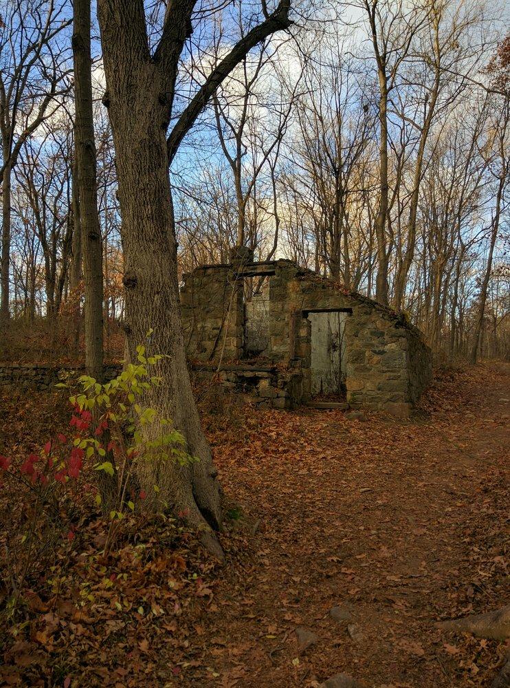 Saxon Woods Park