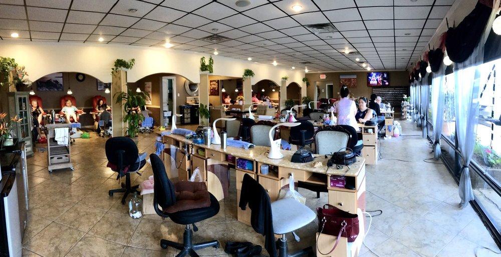 Modern Nails & Spa: 1816 E Se Loop 323, Tyler, TX