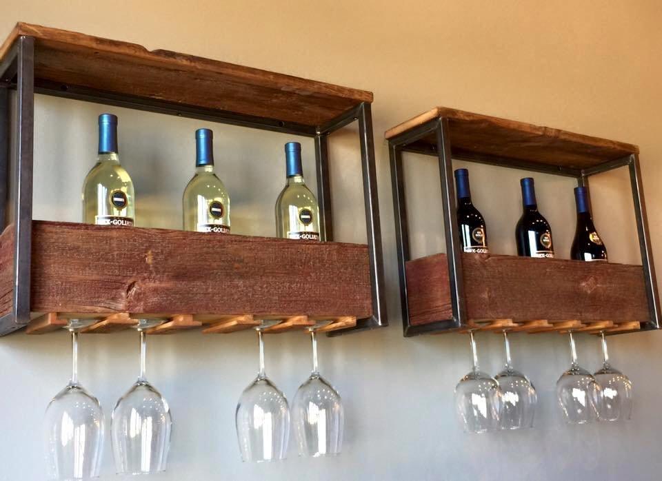 La Vie Nail Lounge: 1293 Eagle Ridge Rd, Le Claire, IA