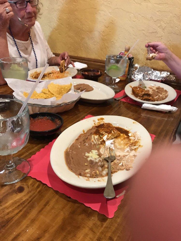 El Mezcal Restaurant: 930 Kuhn Ave, Wisconsin Rapids, WI
