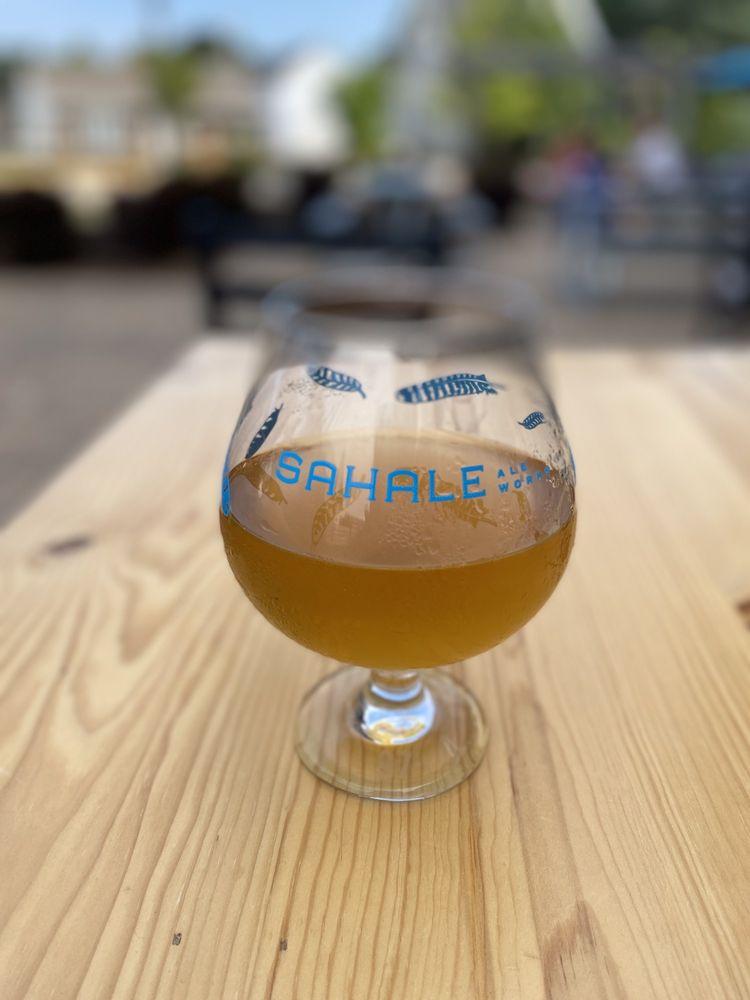 Sahale Ale Works: 1505 Wisconsin Ave, Grafton, WI
