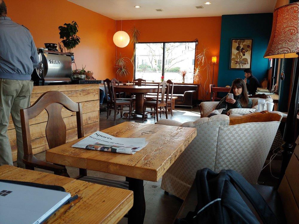 Jezebel's Last Standing Merrygoround Cafe: 4502 NE 42nd Ave, Portland, OR