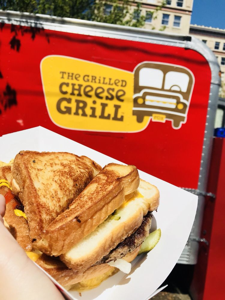 The Grilled Cheese Grill: SW 3rd & Washington St, Portland, OR