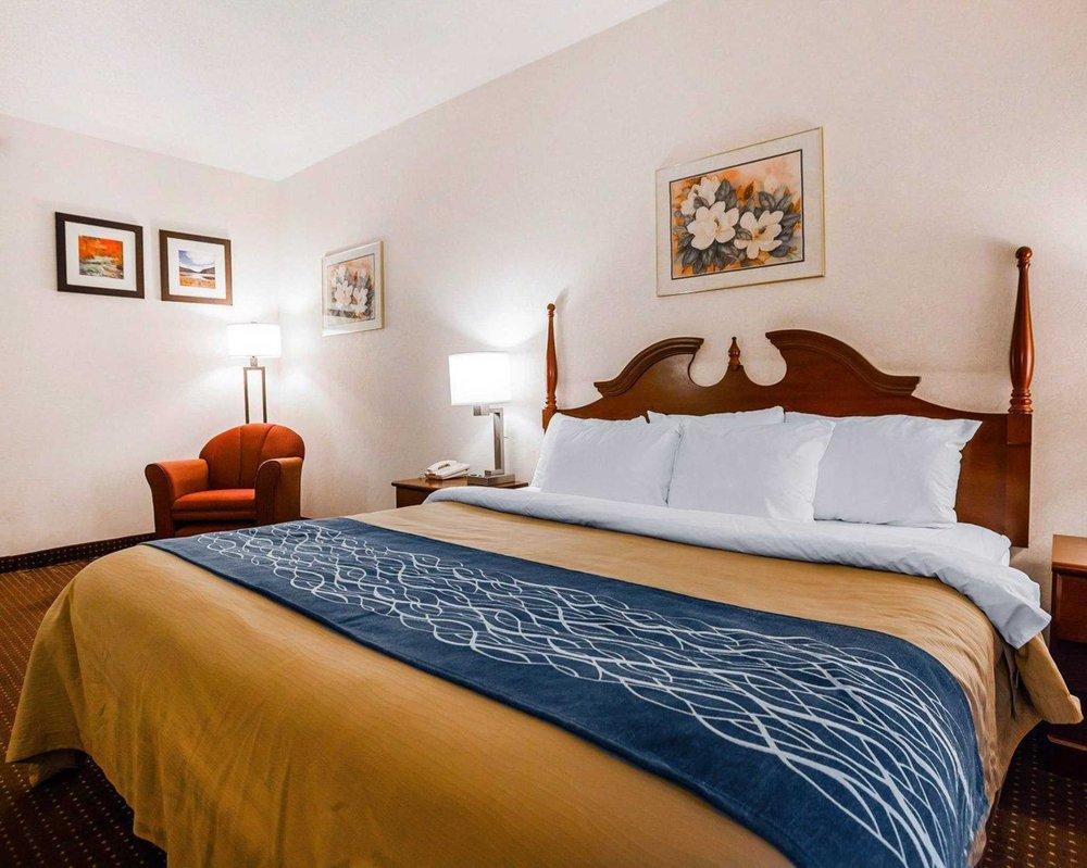 Quality Inn: 3207 County Rd 211, Kingdom City, MO