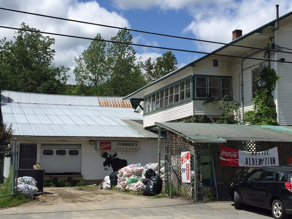 Currier's Quality Market: 1 Main St, Glover, VT