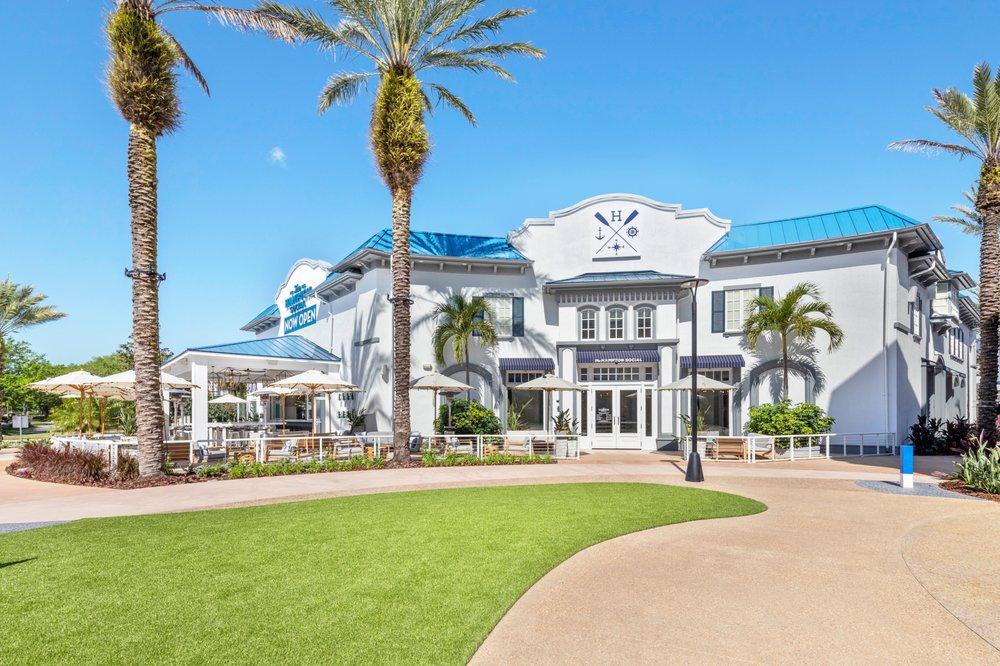 The Hampton Social - Orlando: 9101 International Dr, Orlando, FL