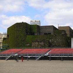 The Admiralty Citadel - Landmarks & Historic Buildings - Horseguards