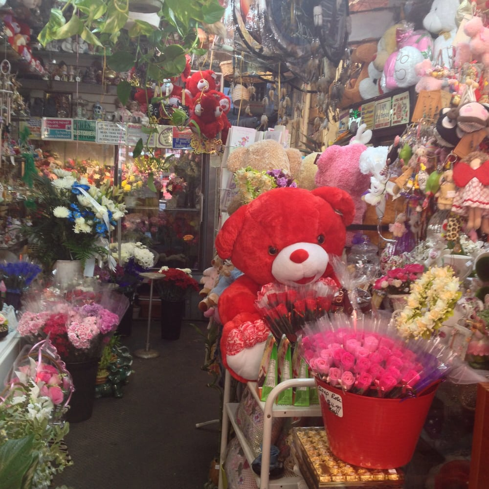 Kathys Gift Flowers Boutique Closed Florists 242 E 116th St