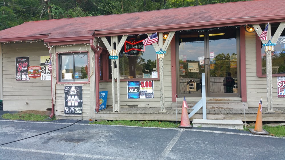 Hitching Post Beer & Wine Package Store: 740 S Main St, Ellijay, GA