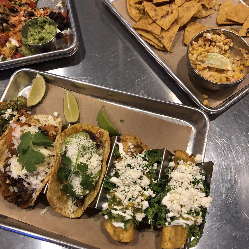 Luna's Mexican Street Food