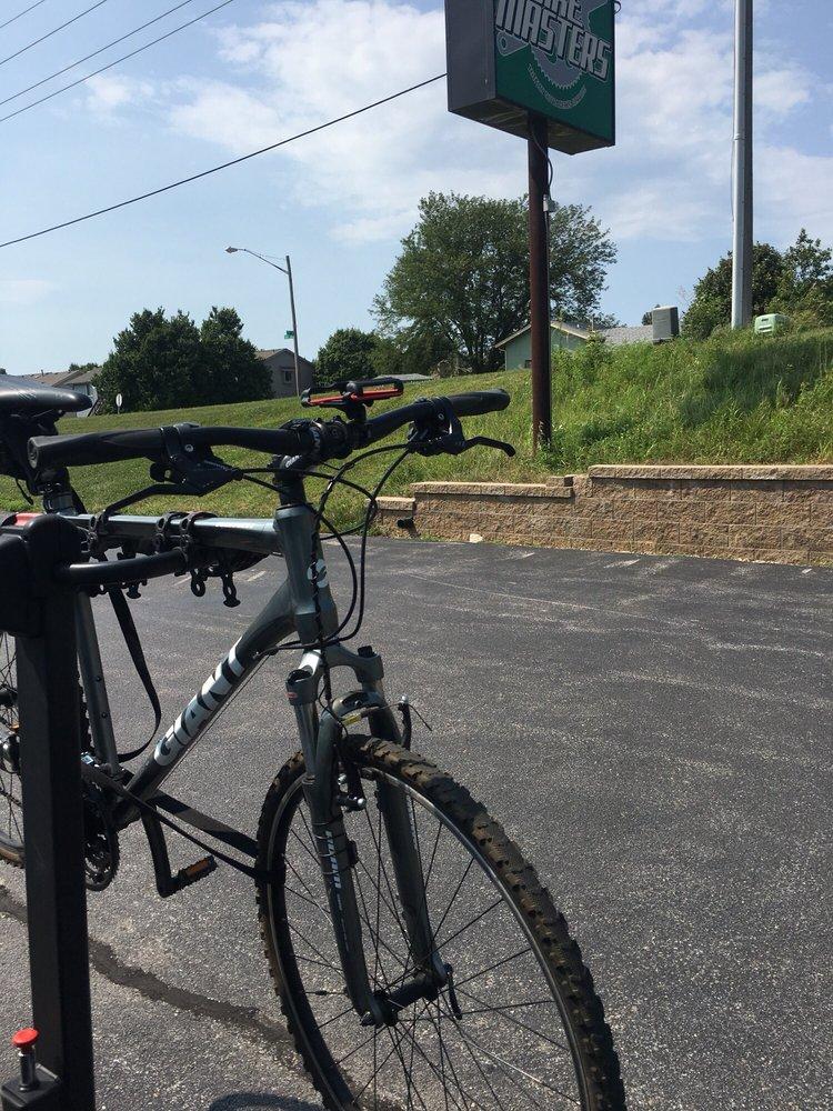Bike Masters: 725 N 210th St, Elkhorn, NE