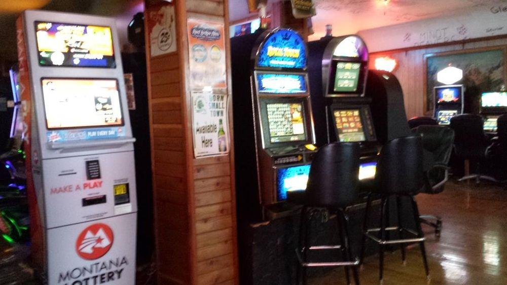Shamrock Club: 100 Wibaux St N, Wibaux, MT