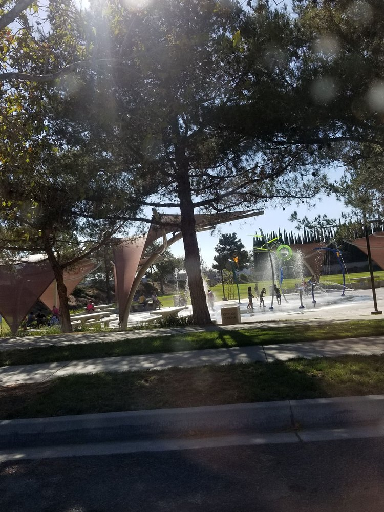 Ridgeline Park: 2850 Ridgeline Dr, Corona, CA