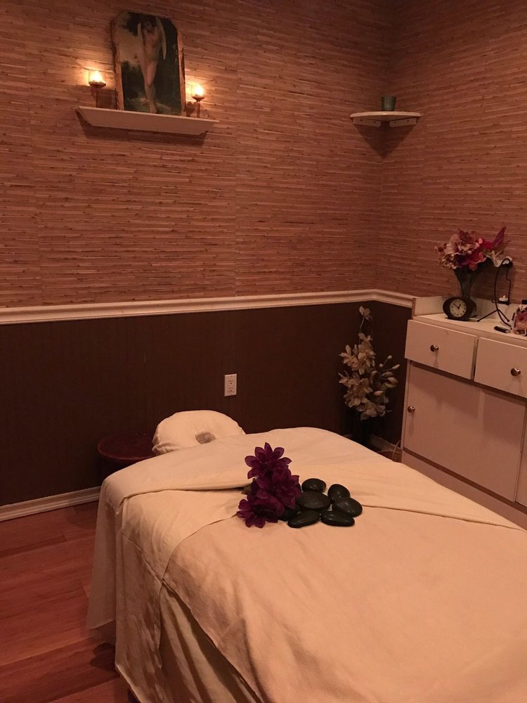 V's Day Spa: 534 Broadway, Bayonne, NJ
