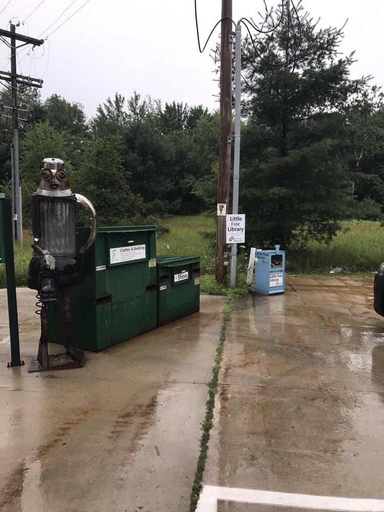 The Emmet County Transfer Station Recycling Center: 7363 S Pleasantview Rd, Harbor Springs, MI
