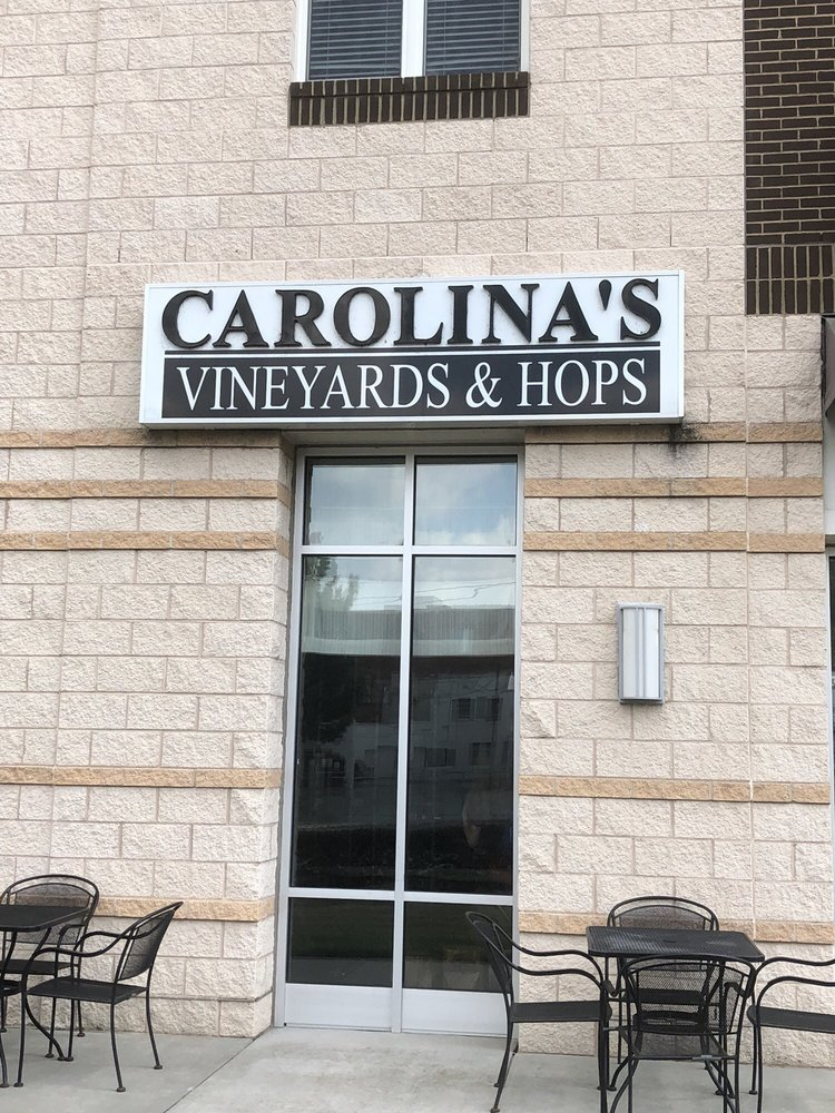 Social Spots from Carolina's Vineyards & Hops