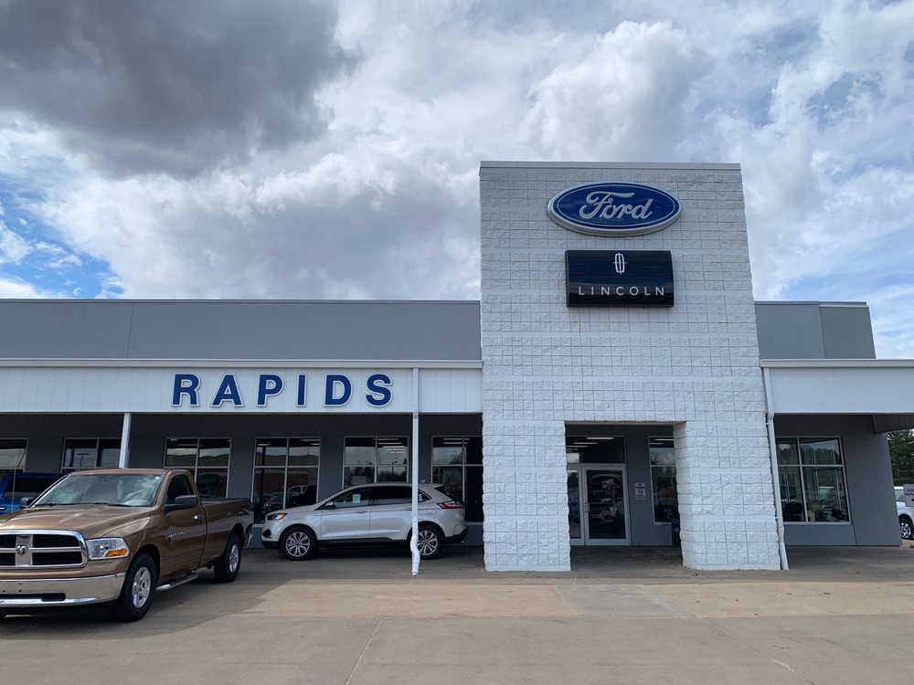 Rapids Ford-Lincoln: 4330 8th St S, Wisconsin Rapids, WI