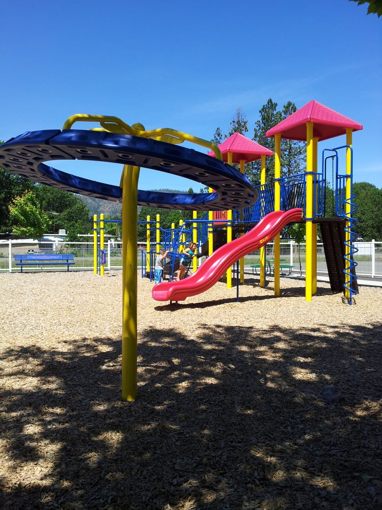 Jubilee Park: 302 S Junction Ave, Cave Junction, OR