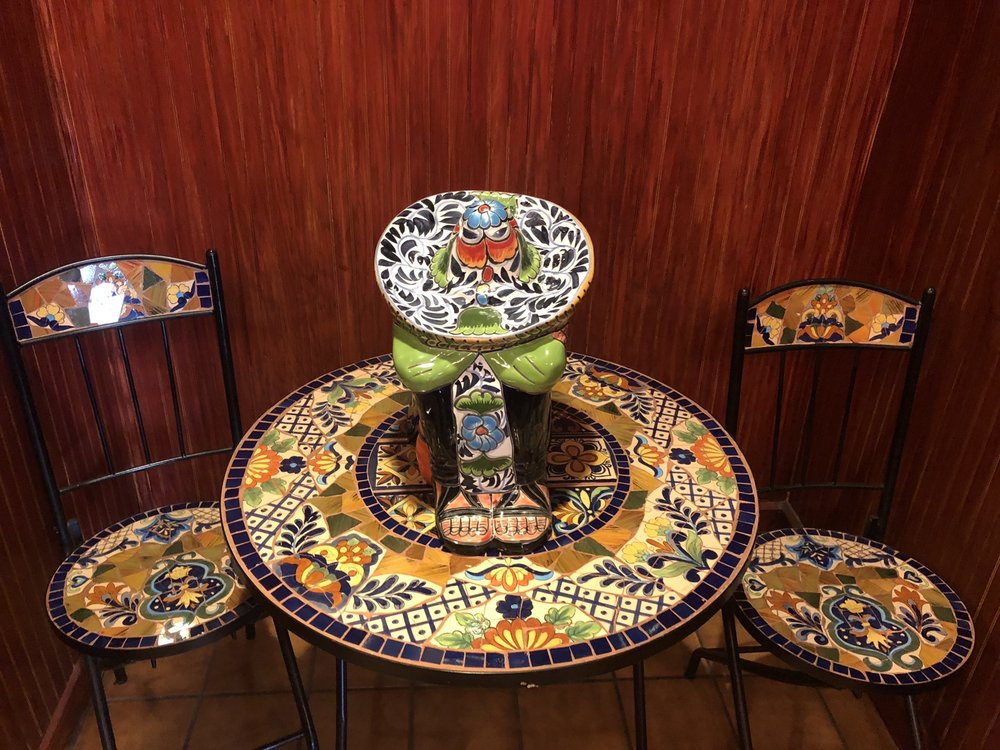 El Tapatio Mexican Restaurant & Cantina: 3632 Belmont Ave, Youngstown, OH