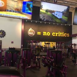 Planet fitness crown point