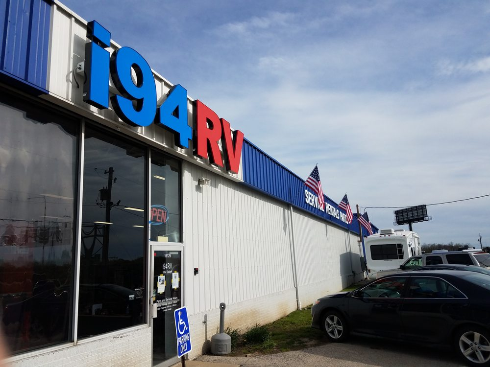 I94 RV: 16125 Russell Rd, Wadsworth, IL