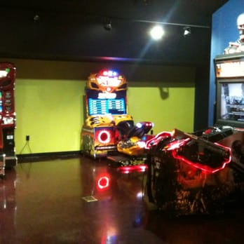photo of amc aviation 12 linden nj united states video games