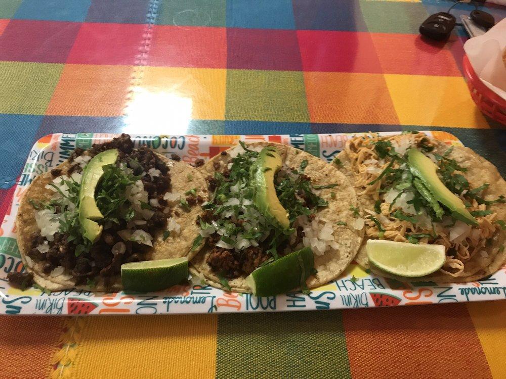 Azteca De Oro Authentic Mexican Restaurant: 224 N Tremont St, Kewanee, IL