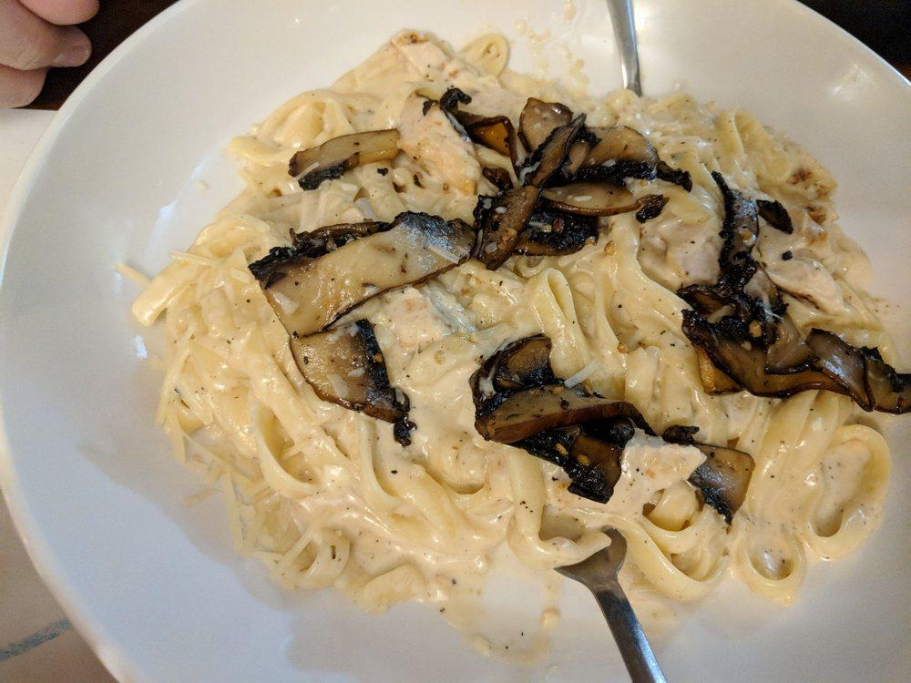 Pasghetti's Pasta Joint: 1150 N State Rte 89, Chino Valley, AZ