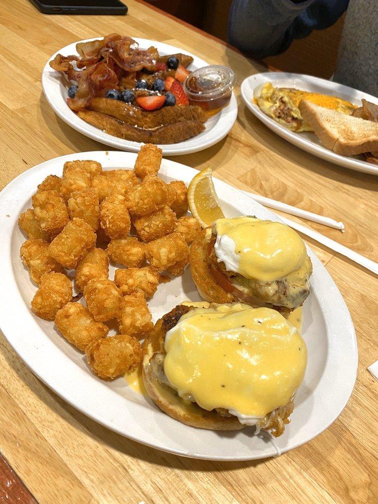 Social Spots from Schooners Grill