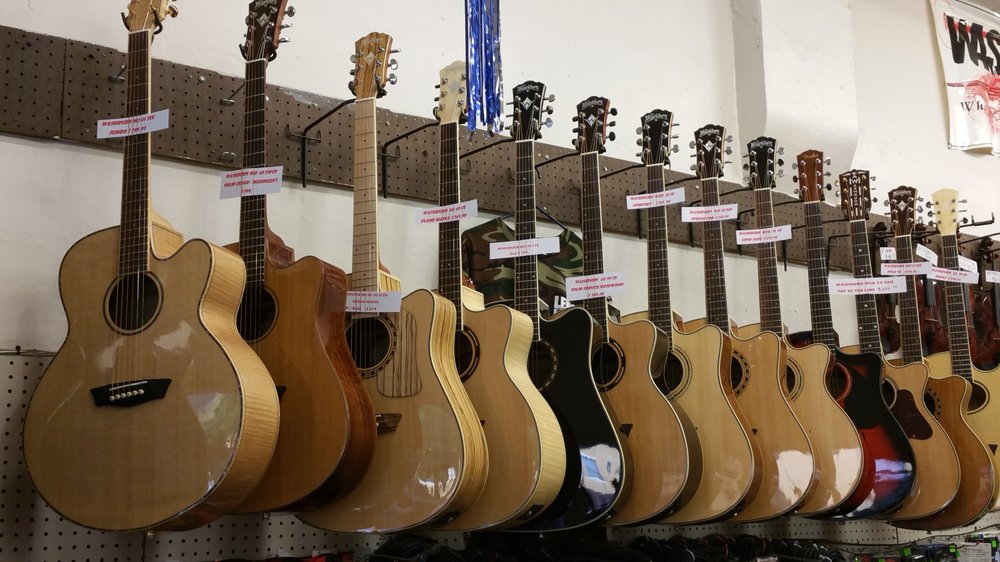 Lewis Music Store: 117 Broadway, Kissimmee, FL
