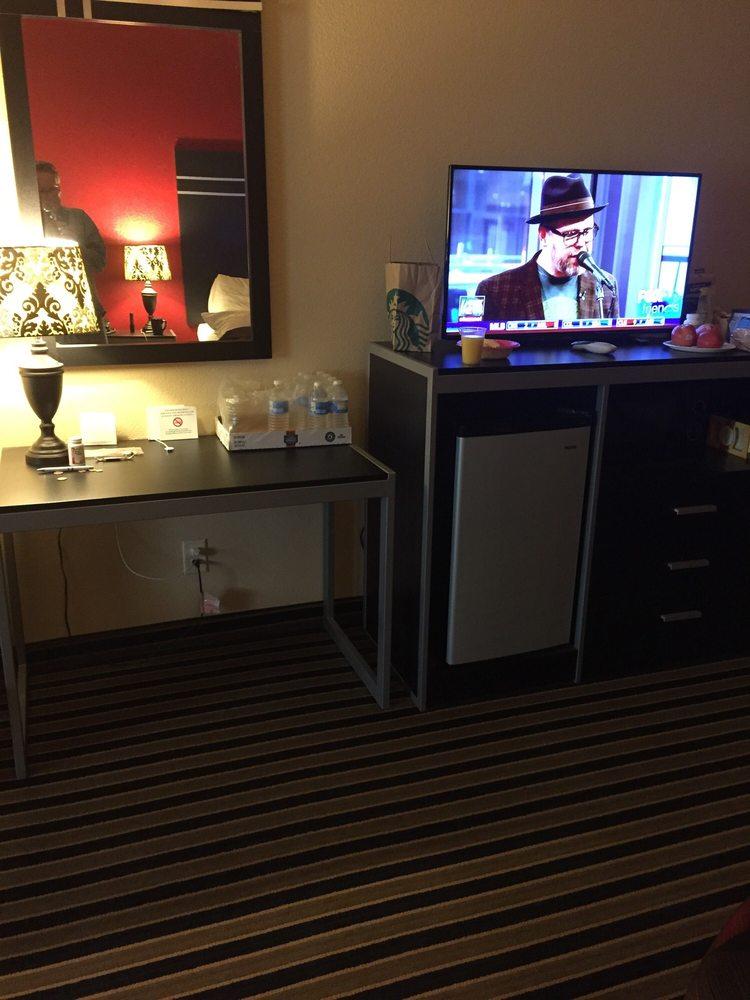 Texan Inn & Suites: 3084 Hwy 16 N, Tilden, TX