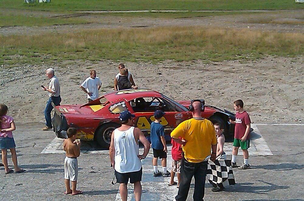 Hudson Speedway: 120 Old Derry Rd, Hudson, NH