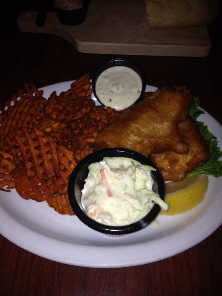 Mountain Bay Bar and Grill: 104 S Wisconsin St, Pulaski, WI