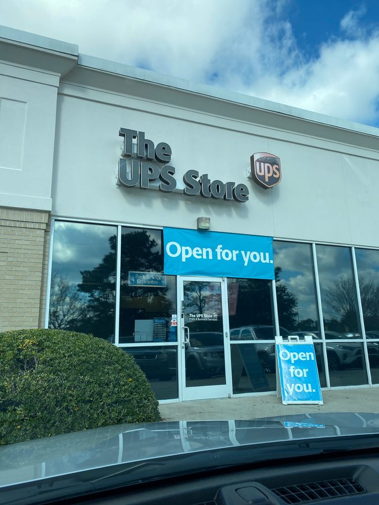 The UPS Store: 8209 Market St, Wilmington, NC