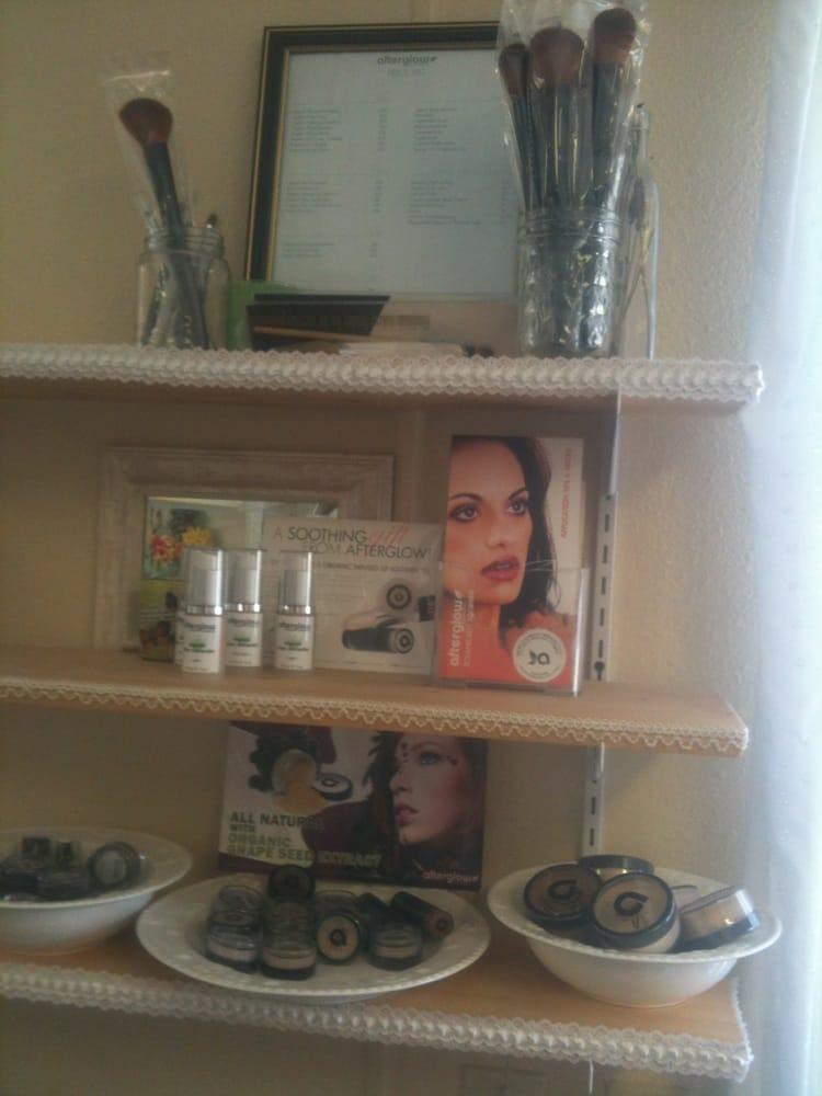 Angelas Beauty Boutique: 2103 Myrtle Ave, Eureka, CA