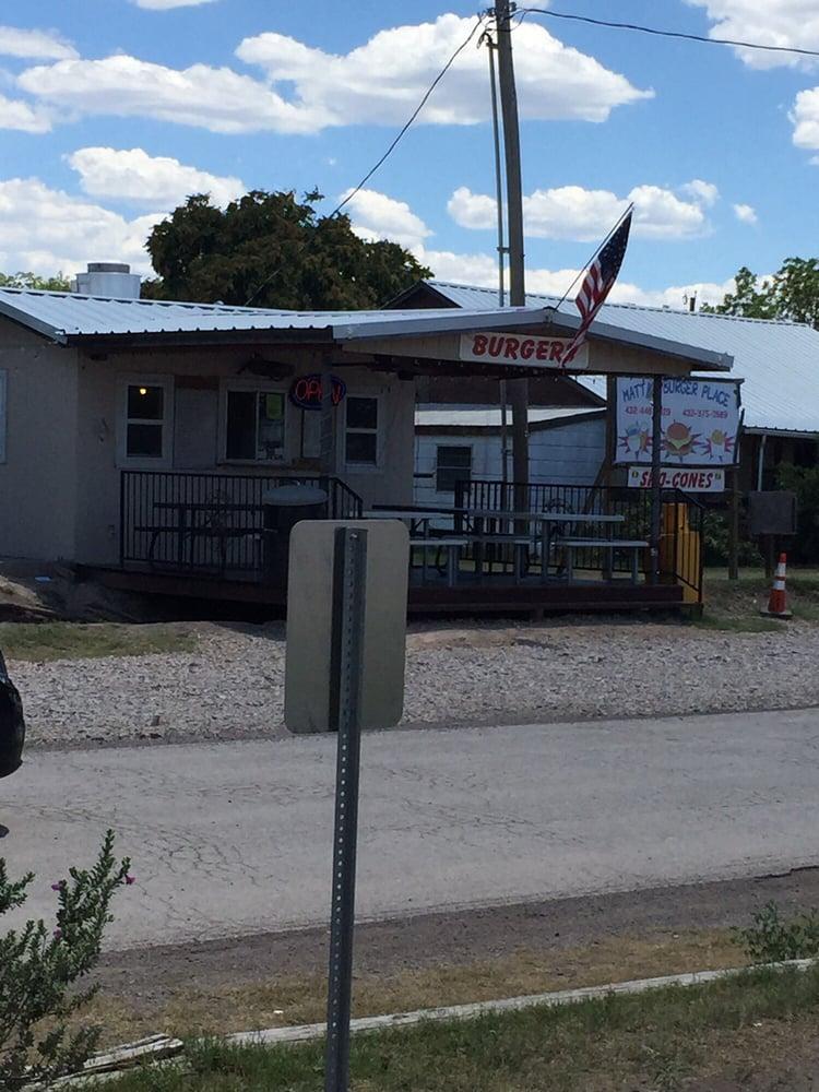 Matta's Burger Place: 404 S Main St, Balmorhea, TX