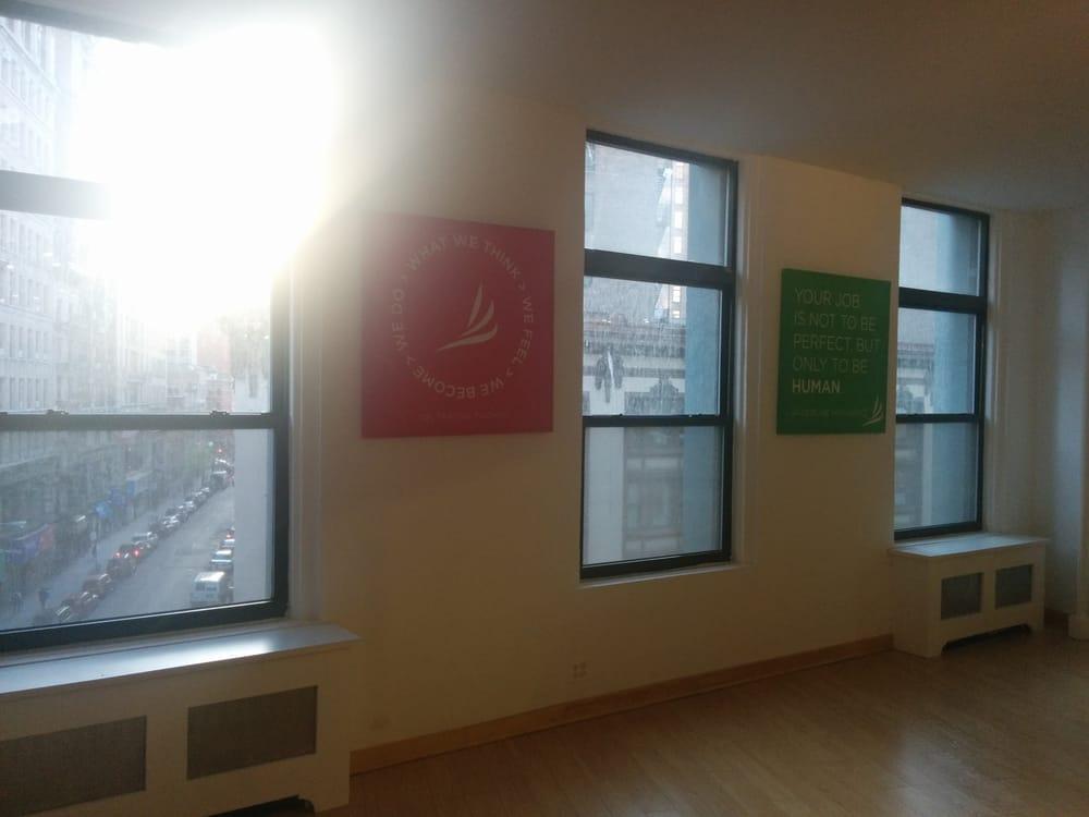 Doonya nyc 15 flatiron ny for 1633 broadway 28th floor new york ny 10019