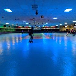 Bear Creek Roller Rink Reviews Skating Rinks Hwy N - Skate court flooring