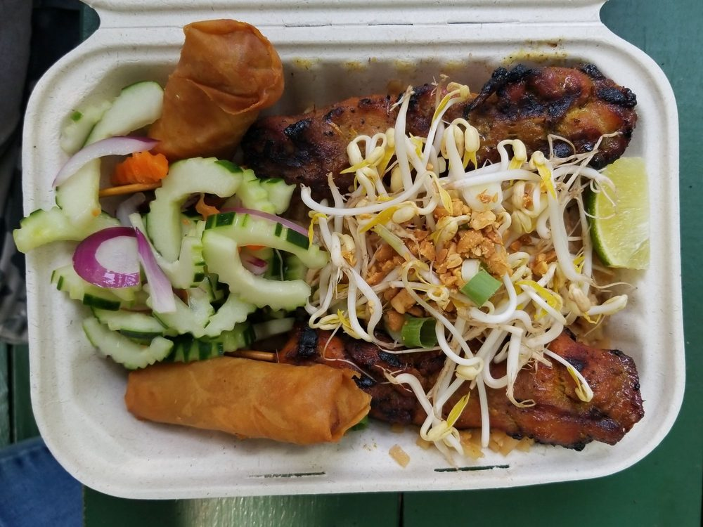 Anon's Thai Cuisine: 4 Fairground Rd, Brattleboro, VT