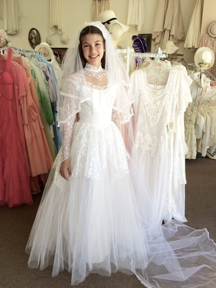Bridal Gowns Consignment : Consignment bridal hemet ca united states vintage wedding gowns