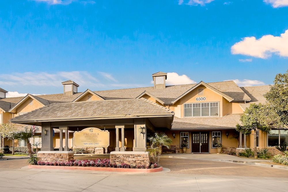 Pacifica Senior Living Chino Hills: 6500 Butterfield Ranch, Chino Hills, CA