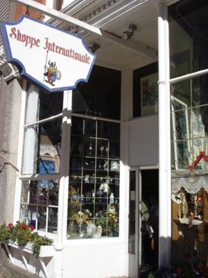 Shoppe Internationale: 604 6th St, Georgetown, CO