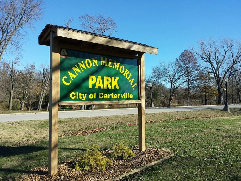 Cannon Memorial Park: 212-298 Cannon Dr, Carterville, IL
