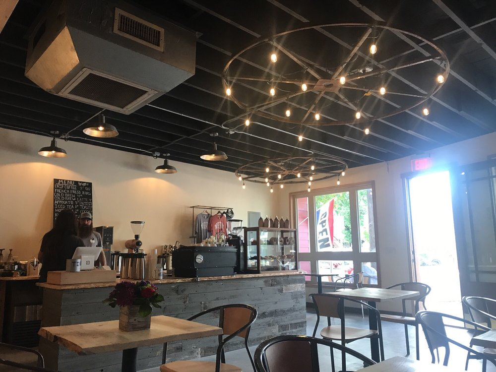 Tailholt Coffee: 207 E Main St, Rogue River, OR