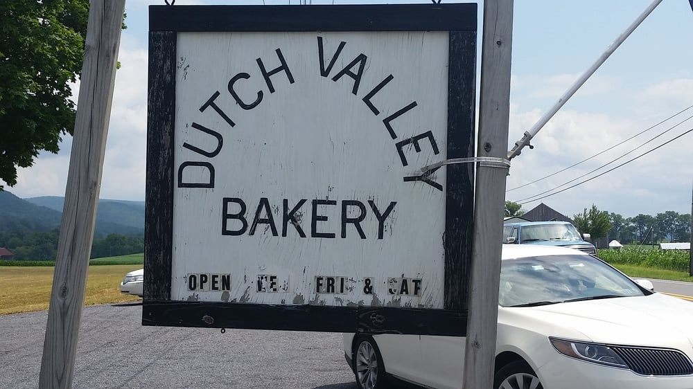 Dutch Valley Bakery: Rt 45, Millheim, PA
