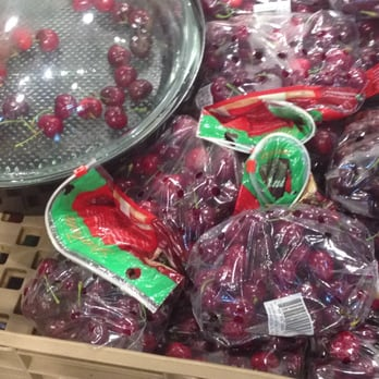 Whole Foods Market - Greensboro - 70 Photos & 40 Reviews - Grocery ...